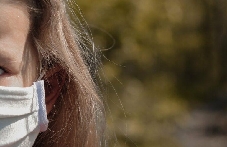 Los administradores de fincas piden que se regule el uso que pueden hacer los niños de las zonas comunes