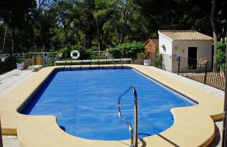 Los administradores de fincas piden a Sanidad que regule el uso de las piscinas