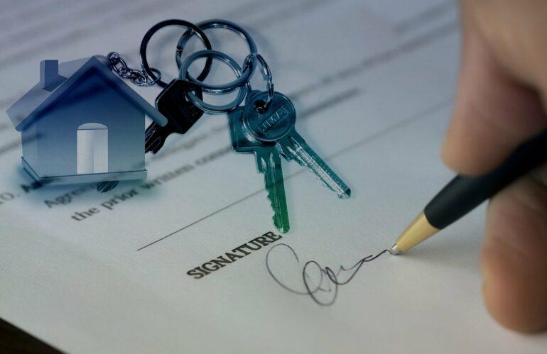 ¿Se puede donar un piso y seguir pagando la hipoteca?